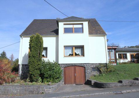 **Wohnen & Arbeiten** schönes Einfamilienhaus mit ehemaliger Schreinerei in Hinterweiler