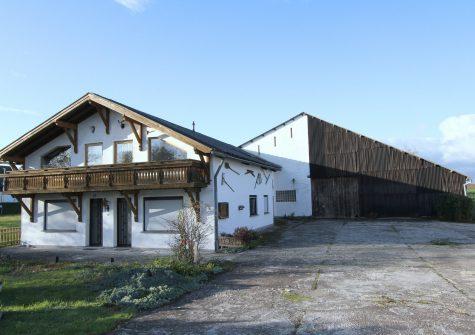 * Sonnenhof * ehemaliger Bauernhof mit Nebengebäuden, Ländereien und Ferienwohnungen in Moselnähe
