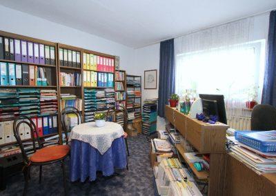 Schlafzimmer EG, der Raum wird als Büro genutzt