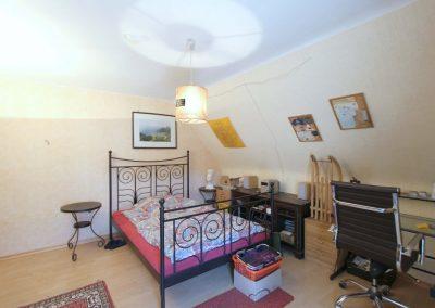 Wohnzimmer im DG