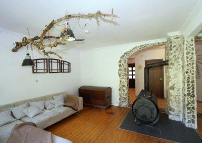 Wohnzimmer im EG mit Bullerjan-Ofen