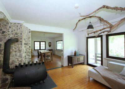 Wohnzimmer im EG mit Blick zum Esszimmer