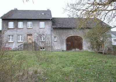 Haus, Scheune und Garten, Ost-Ansicht