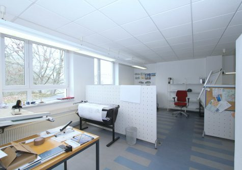 zentrumsnah gelegene Büro-Etage in Wohn- und Geschäftshaus