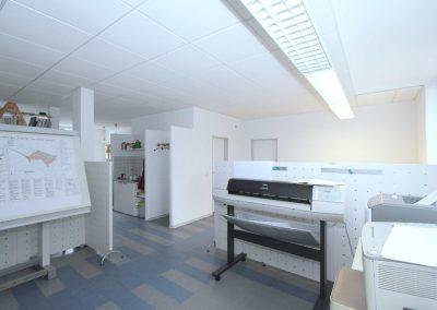 Zeichenraum mit Durchgang zu Büro 2