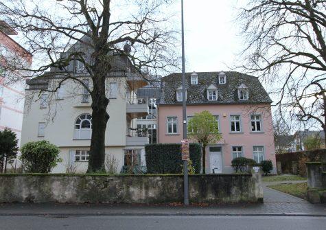 zentrumsnah gelegene schöne Eigentumswohnung mit Balkon und Garage in historischem Haus in Trier