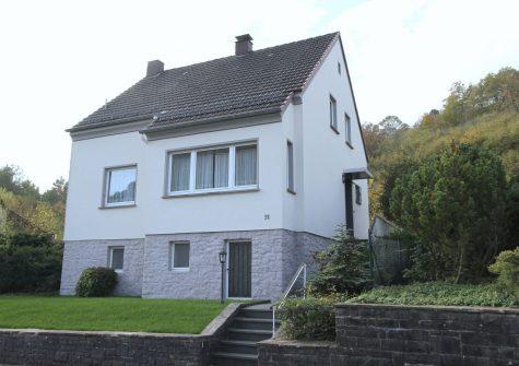 sehr gepflegtes Wohnhaus mit kleinem Garten und Garage in ruhiger Lage am Auberg in Gerolstein