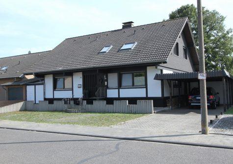stilvoll und modern renoviertes geräumiges Wohnhaus mit Einliegerwohnung in Zülpich-Sinzenich