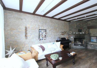 Wohnzimmer im Bruchsteinhaus