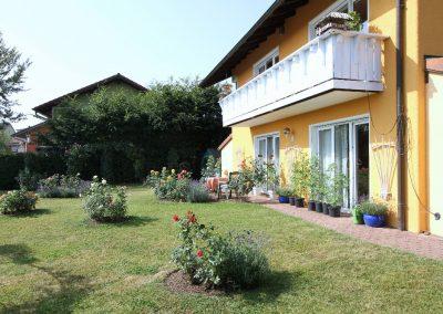 Garten und Terrasse im UG