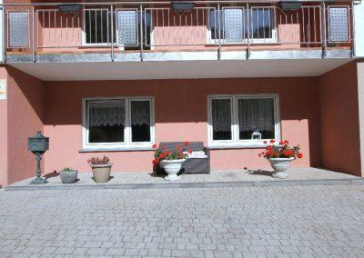 Terrasse im UG