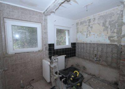 In Renovierung befindliches Bad im Obergeschoss