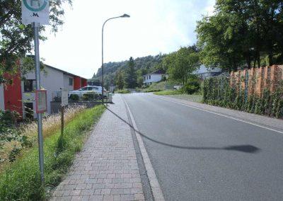 Zufahrtstraße