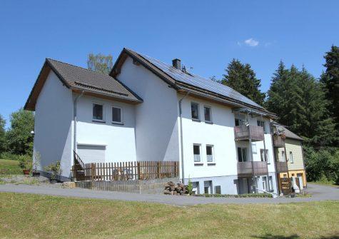 **Waldhof** sehr idyllische private Wohnanlage mit 9 Wohnungen in traumhafter Alleinlage