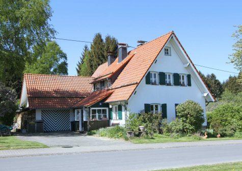 **Landhaus-Traum** exklusives, stilvoll umgebautes historisches Anwesen in naturnaher Lage