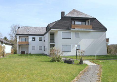 gemütliche kleine Eigentumswohnung mit sonniger Loggia und Garage in Manderscheid