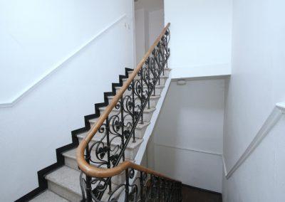 Treppenhaus im Haupthaus, Aufgang zur DG-Wohnung 4