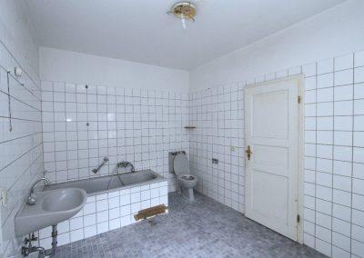 Bad in Wohnung 5 im Nebenhaus
